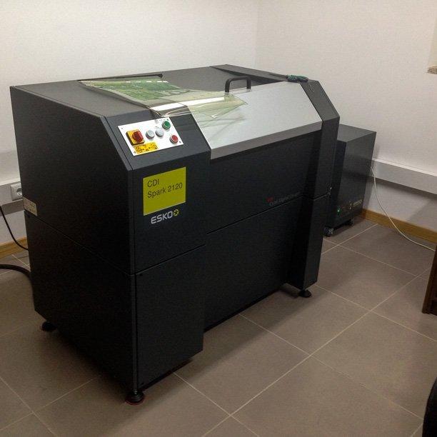 CDI ESKO Spark 2120 (gravador de placas tipográficas e flexográficas)